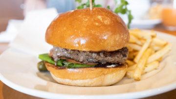 品川アトレ「サラベス」でハンバーガーランチ!高級レストラン系のジャンクさとは無縁なハンバーガーでした!