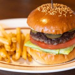 荏原中延のハンバーガー屋「カフェ アルプス」の看板メニュー「アルプスバーガー」がうまかった!