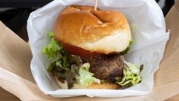 デリバリー専門店「太田のハンバーグ&ハンバーガー」の肉厚でフワフワ食感のハンバーグがおいしかった